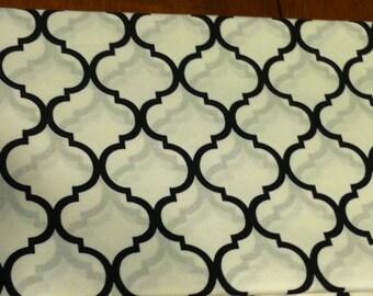 Quatrefoil fabric black on white