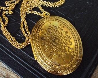 Vintage Large Locket Necklace Engraved Design Photo Locket Antique Gold Oversized