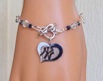 NY Yankees Bracelet, Yankees Bling, Navy and Clear Crystal Heart Charm Bracelet, Baseball Yankees Jewelry Accessory Fanwear