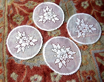 Doily Coaster Rounds Off White Lace Dresser Runner ROUND Scarf Coasters Set 3 doilies