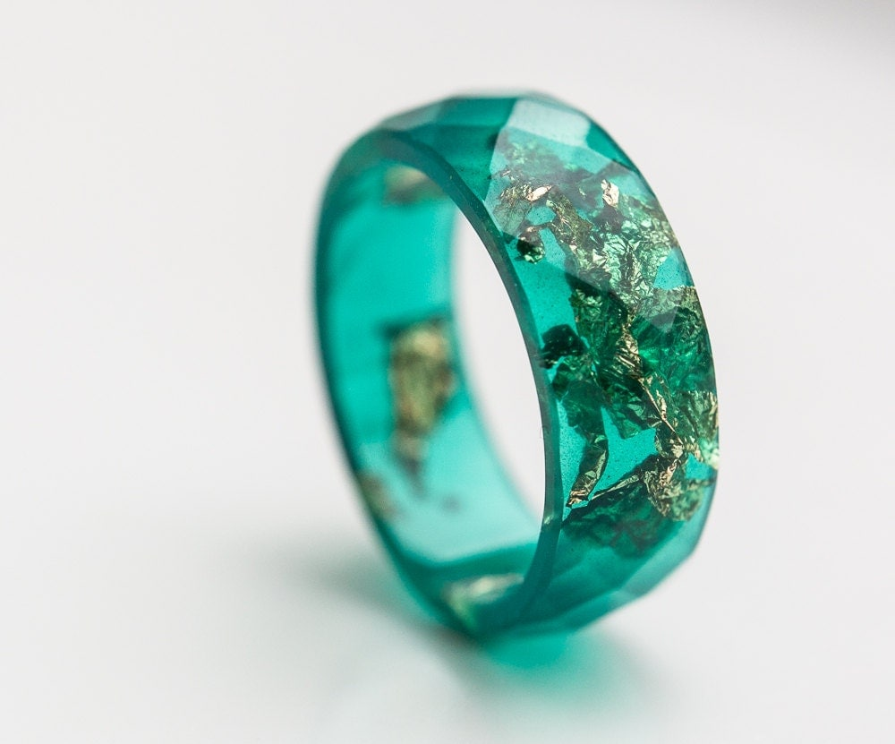 emerald green resin ring ring gold flakes big size 10 size