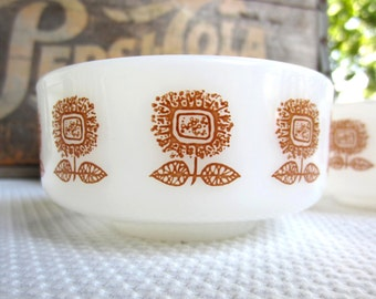 Vintage Mid Century Milk Glass Federal Glass Custard Dessert Bowl Gold Sunflower Set of 4