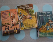 """Lot of 3 Vintage 1960's Editions of Classic """"The Bobbsey Twins"""" Mysteries by, Laura Lee Hope"""