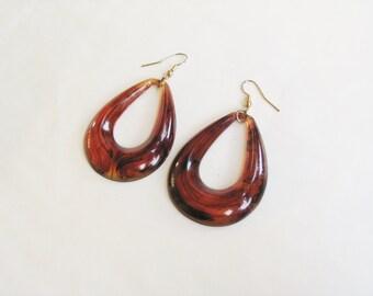 NEW YEAR SALE! Cool bohemian fiery red orange marbled lucite tear drop shaped shoulder duster statement earrings