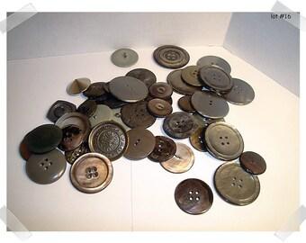 Buttons/Assorted Lot/ 2 & 4 Holes/ Shanks/ Craft Supplies/ (#16)*