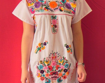 Mexican White Dress Fantastic Embroidered Colorful Handmade Collection Spring / Summer Small