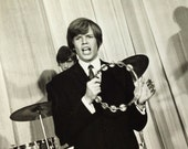 Herman's Hermits Vintage 8 x 10 glossy publicity photo