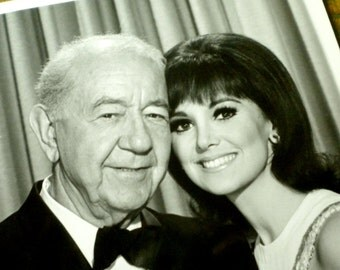 Vintage Promotional B & W Glossy on the set of That Girl with Marlo Thomas and Cecil Kellaway #4