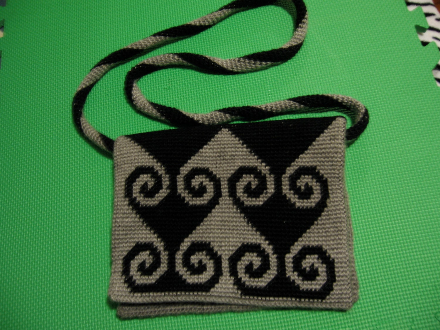 Tapestry Crochet Bag : Pattern for Messenger Bag in Tapestry Crochet by penelopescrochet