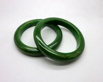 SET of TWO Marbled Swirl Spinach Green Bangle Bracelets  Vintage Perhaps Bakelite