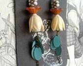 This pair of earrings is strikingly beautiful.