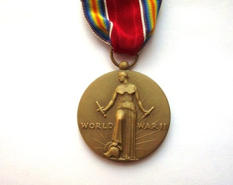 World War 2 Freedom Medal War Memorabilia