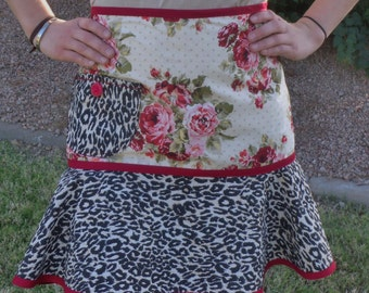APRON Leopard and Roses Half Apron