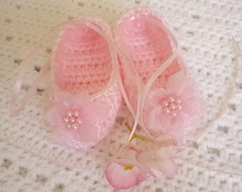 Crocheted Ballet Slippers Baby Girl 3-6 mo Pink w Flower