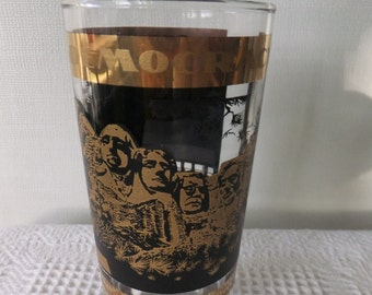 Vintage Souvenir State Glass Tumbler Mt Rushmore South Dakota Black Gold Travel Vacation Retro Road Trip Black Hills