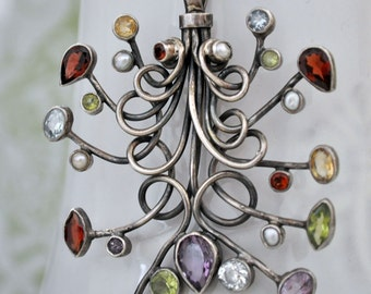 vintage find, sterling silver free formed sterling silver necklace with gemstones