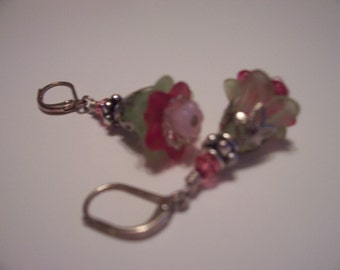 Lucite  Green & Pink  Flower Dangle Earrings