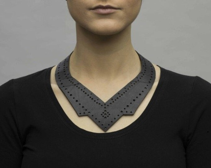 Collar + choker: upcycled innertube, inventive eco-fashion.