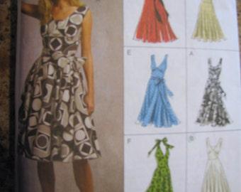 Vogue Easy Options Dress  Vogue 8470