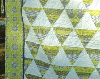 Moden Queen Quilt Ty Pennington fabric gray chartreuse