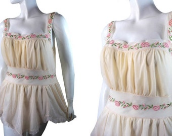 Vintage Negligee Petal Pink Nylon Embroidered Flower Camisole Hanky Hem by Rogers