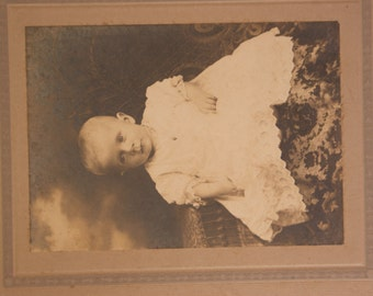 Adorable Baby Antique Cabinet Card