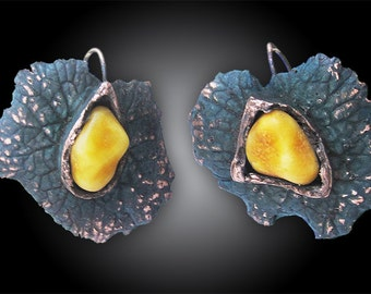 Leaf with amber tear earrings
