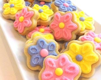 Eyelet Flower Cookies (2 dozen)