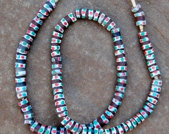 Krobo Beads: Brown/Red/Green (10x20 mm)