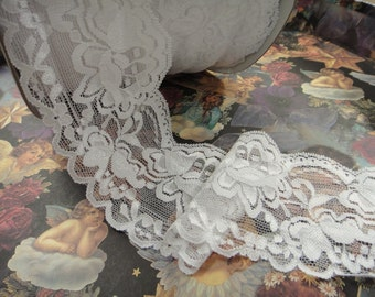 """25 yard 3 1/2"""" width ( 89 mm ) beautiful shimmery double side scalloped white stretch lace trim"""