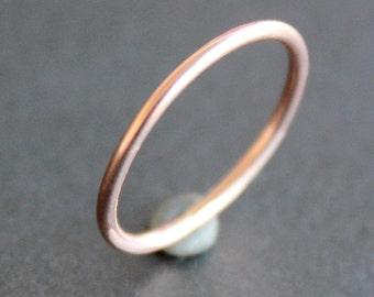 Rose Gold Ring - 14K Gold-Filled 1.3mm Band (1 Ring) - Smooth, Faceted or Hammered - 16 Gauge