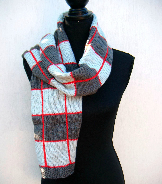 Knitting Pattern Tartan Scarf : Plaid Scarf Red Square Hand Knit Scarf Tartan Pattern