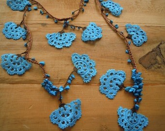 turquoise and brown crochet lariat necklace, large fanshapes