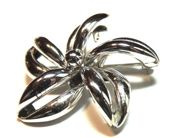 Sterling Silver Brooch Signed D'OR Flower Vintage Jewelry