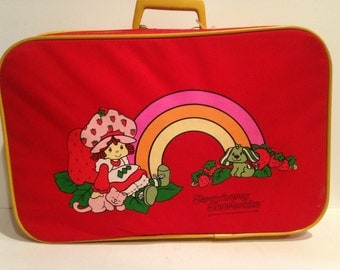 Strawberry Shortcake Carry on Travel suitcase, 1980s, rainbow, handle overnight bag or breifcase