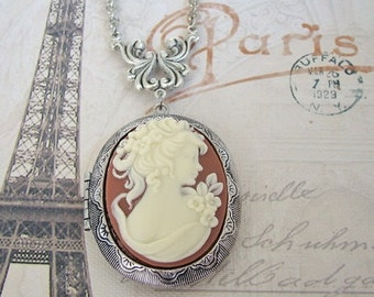 Large Cameo Locket  Necklace Wedding Bride Bridesmaids Mother Wife Sister Anniversary Gift  Daughter Photo Pictures - Lynn