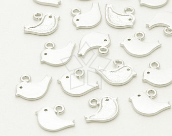 PD-064-MS / 4 Pcs - Tiny Sparrow Charm, Matte Silver Plated over Brass / 8mm x 6mm