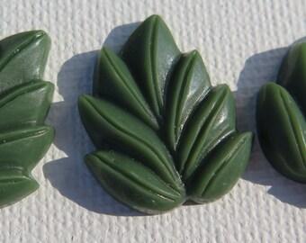 3PCS - Leaf Cabochons - Resin - Dark Green - 18x21mm