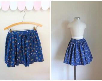 vintage 1950s little girl's skirt - FOLKLORE floral full skirt / 7-8yr
