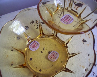 Vintage Anchor Hocking Swedish Modern bowl set Honey Gold chip and dip set NIB never used must see