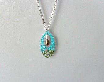 Turquoise chaki bubbles geometric necklace