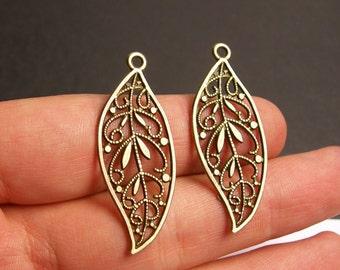 Leaf charms - 12 pcs - antique bronze leaf - brass leaf charms - BAZ52