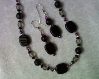 Black, Gray and Purple Necklace and Earrings (1076)