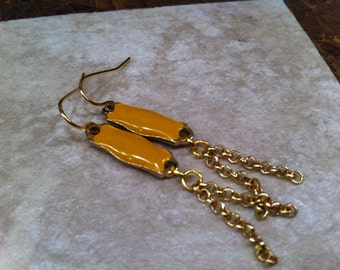 SASSY Mustard Yellow Retro Looking Enamel Gold Tone With Upcycled Dangling Small Linked chain FunKy Fun Groovy One of a Kind Be Different