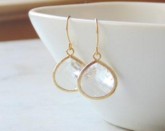 Gift Teardrop earrings Gold teardrop earrings Tear Drop earrings Crystal teardrop earrings Clear earrings Bridesmaid earrings Dangle earring