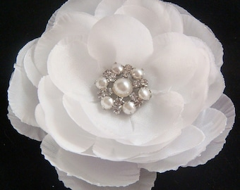 Gorgeous White Bridal Hair Flower clip with rhinestones and pearls / white flower / wedding flower / bridal headpiece