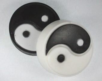 2 Yin Yang soaps - black and white, zen, balance, soap for men, party favor, inverse colors, Taoism, Taoist