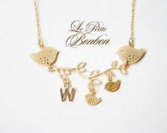 Family birds on a leaf branch necklace