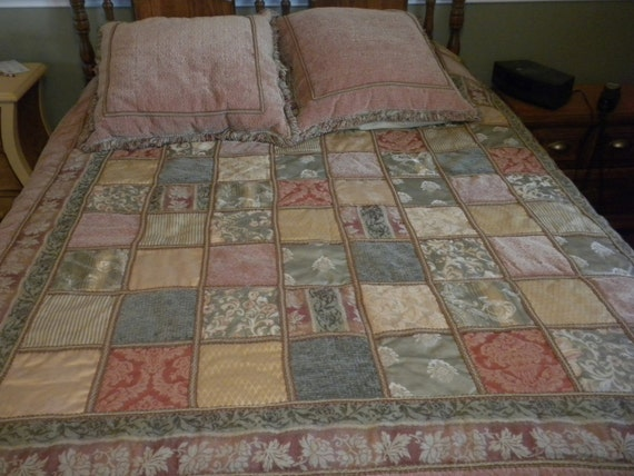 Vintage Patchwork Velour Comforter And Pillow Shams