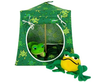 Toy Pop Up Tent, Sleeping Bags, green, frog print fabric for action figures, stuffed animals or dolls